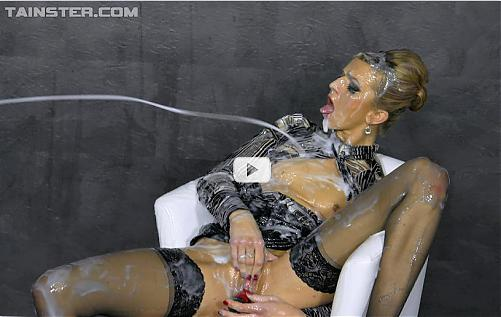 Sophia - Double-Teaming Her Cum Covered Self